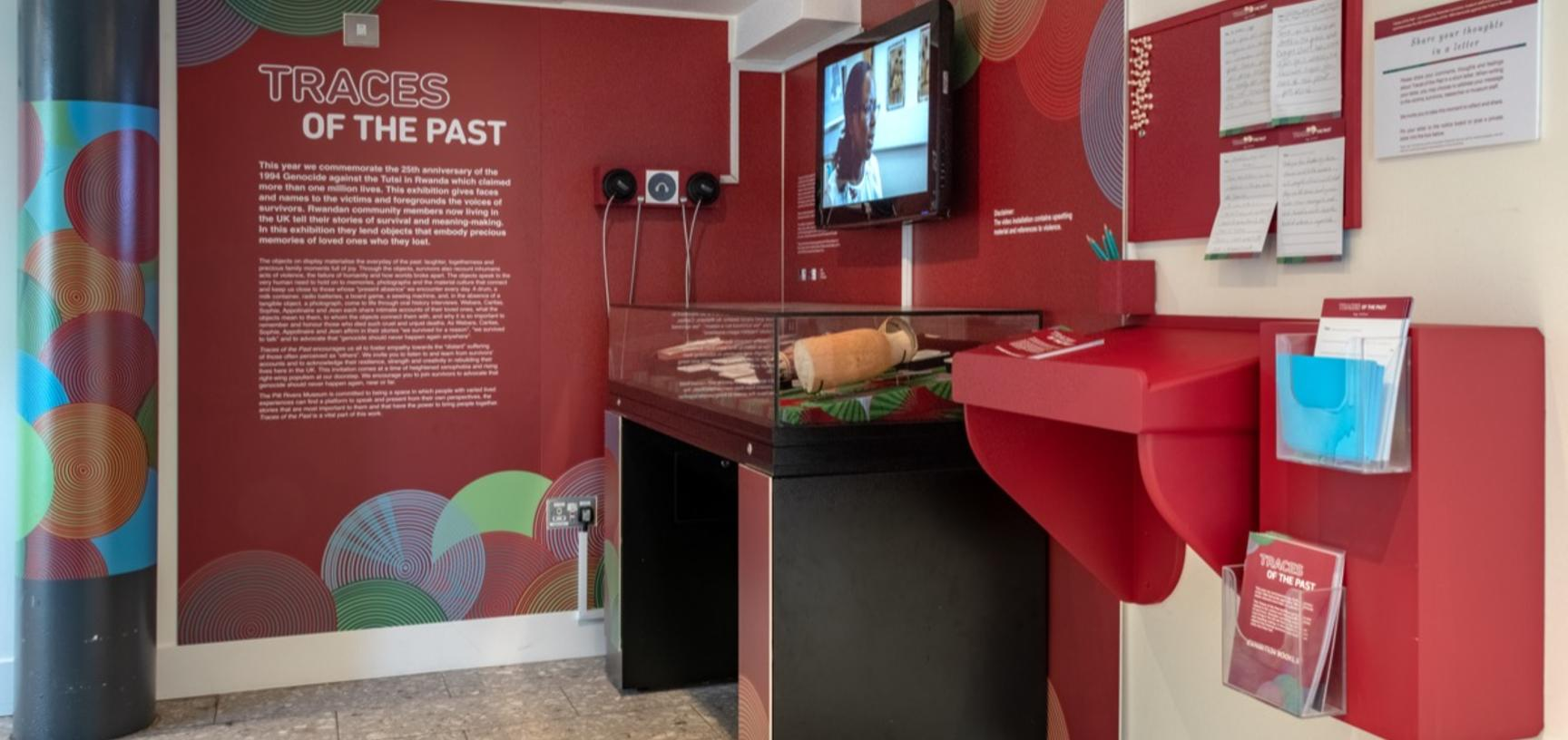 'Traces of the Past' exhibition panel and case