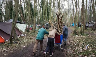 'Jungle Life'. Photograph by Marika Dee. Calais, France. 2014.