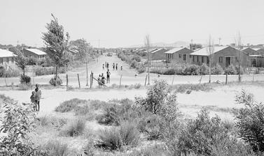 Nyanga, Cape Town, South Africa. Photograph by Bryan Heseltine. Circa 1949–1952. (Copyright Bryan Heseltine)