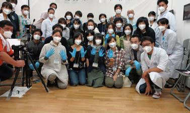 Members of the Rikuzentakata Disaster Document Digitalization Project. (Copyright RD3 Project/Rikuzentakata City Museum)