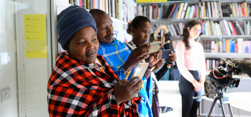 Maasai visitors to Pitt Rivers Museum. Photo by John Cairns.