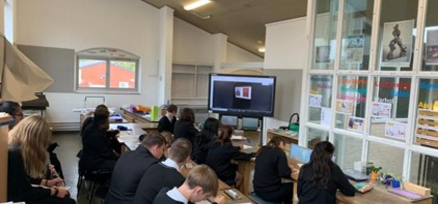 Students at Daubeney Academy taking part in an online session